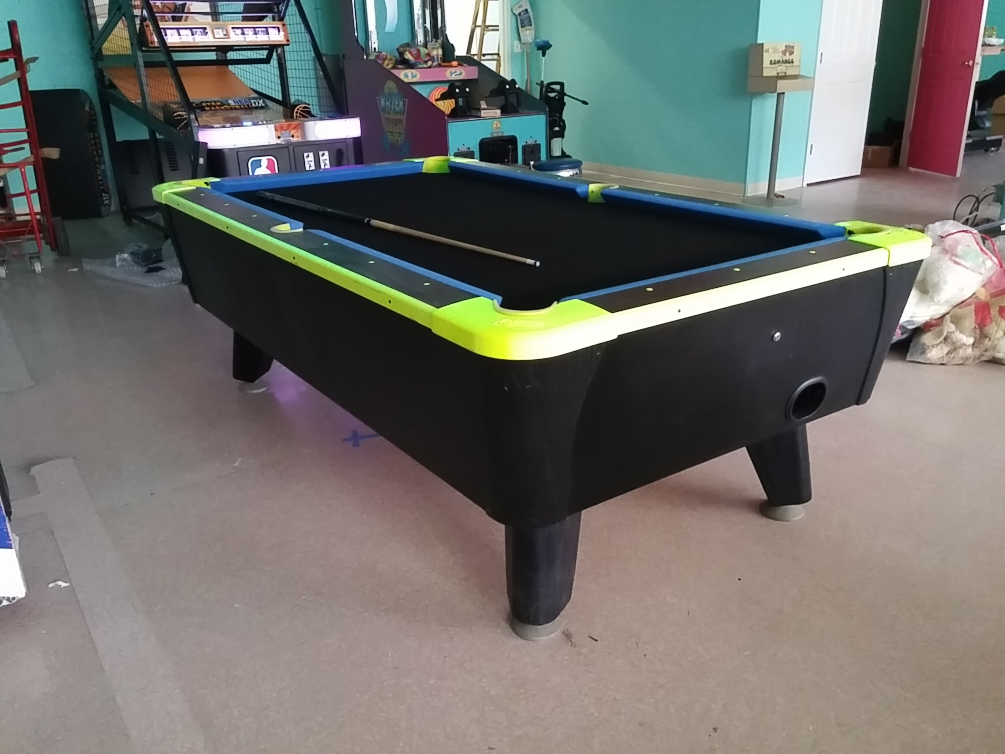 Dynamo 7'  Glow in the Dark Coin Operated Pool Table